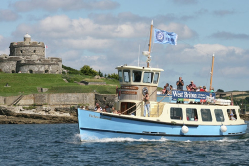 fal river ferry at st mawes castle
