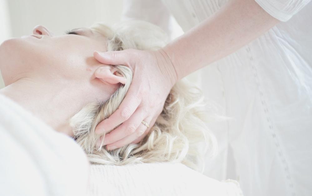 lady getting head massage